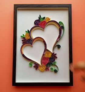 Floral heart picture frame