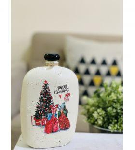 زجاجة مزينة بالديكوباج معاد تدويرها ومصنوعة يدويًا
