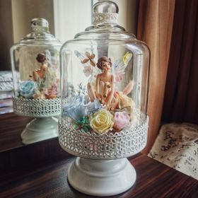 'Fairytale dreamer' eternal flower artwork with glass cover