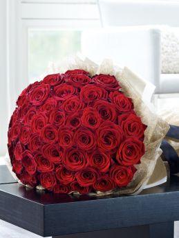بوكيه الورد الاحمر